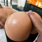 Brazzers – BigWetButts presents Cali Carter in Fireside Fap – 19.02.2018