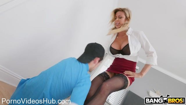 Bangbros_presents_Alexis_Fawx_Juan_El_Caballo_Loco_in_My_Peeping_Step_Son_-_24.02.2018.mp4.00002.jpg