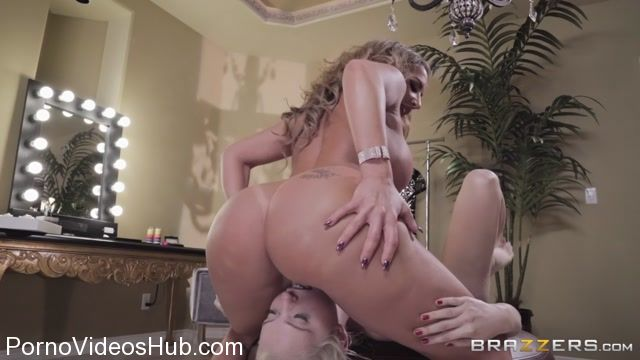 Brazzers_-_HotAndMean_presents_Chloe_Cherry___Richelle_Ryan_in_Model_Whisperer_-_27.02.2018.mp4.00007.jpg
