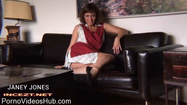 Clips4Sale_-_ShowAssBB_presents_Janey_Jones_in_Wank_For_Mommys_Cunt.mp4.00006.jpg