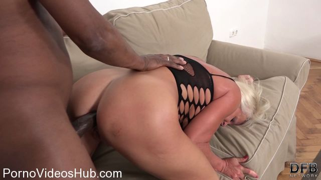 DFBnetwork_presents_Inez_-_Cum_Swallowing_After_Black_Cock_Anal_Sex.mp4.00005.jpg