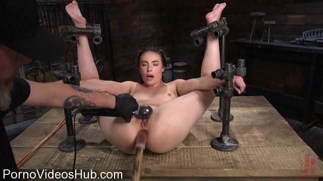 DeviceBondage_presents_Petite_Babe_Casey_Calvert_Humiliated_with_Anal_and_Brutal_Foot_Torment_-_22.02.2018.mp4.00009.jpg