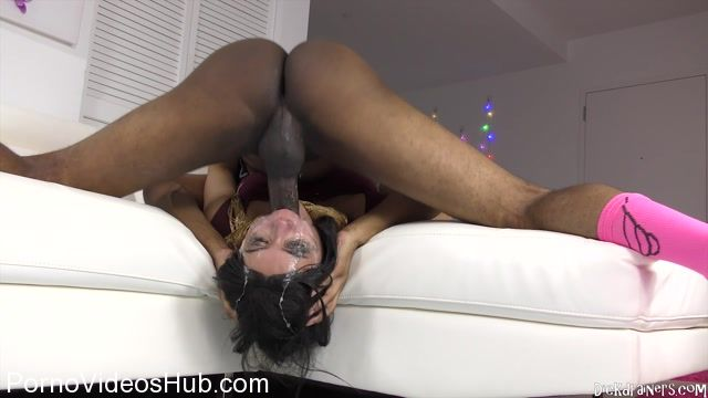 Dickdrainers_presents_Aaliyah_Hadid_-_Arabic_Sister_PUNISHED_For_DISHONORING_Our_Family_.mp4.00008.jpg