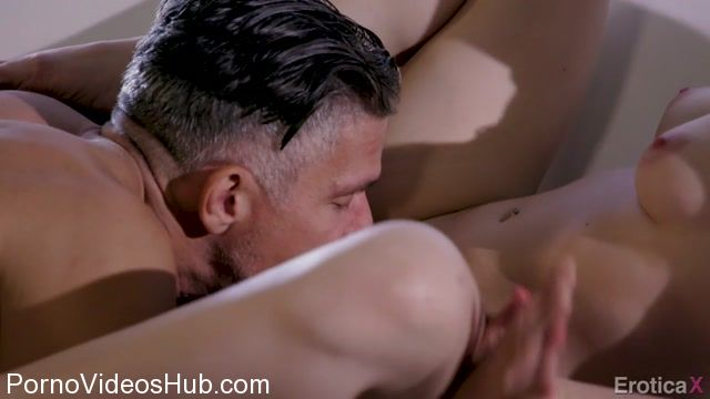 Watch Online Porn – EroticaX presents Alison Rey, Mick Blue in Let Me Prove You Wrong – 07.02.2018 (MP4, HD, 1280×720)