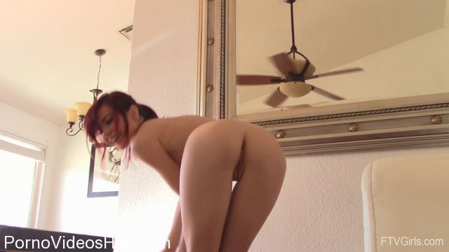 FTVGirls_presents_Sabina_in_Beauty_in_A_Petite_Package_-_Dreamgirl_Dancer_4.mp4.00014.jpg