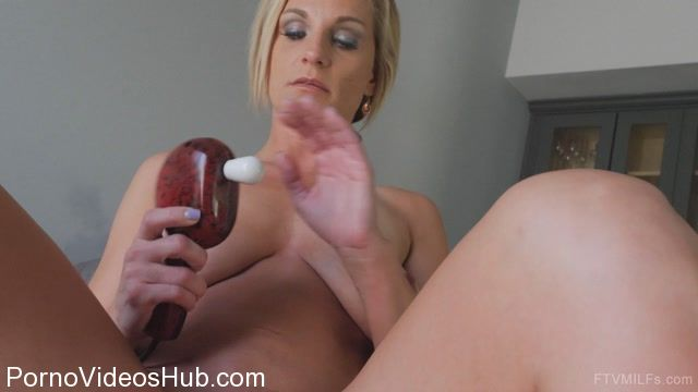 Watch Online Porn – FTVMilfs presents Charley in Ceerleader Look – Pink Boots Pink Private 06 (MP4, FullHD, 1920×1080)