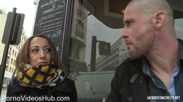 Watch Online Porn – Jacquieetmicheltv presents Sonia rencontre le fils de son agent immobilier – 20.02.2018 (MP4, SD, 854×480)