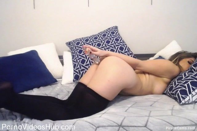 ManyVids_Webcams_Video_presents_Girl_Mya_Lennon_in_Sensual_Glass_Dildo.mp4.00009.jpg