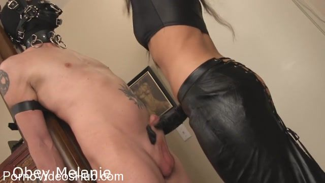 Watch Online Porn – Obey Melanie in Princess Handjob (MP4, HD, 1280×720)