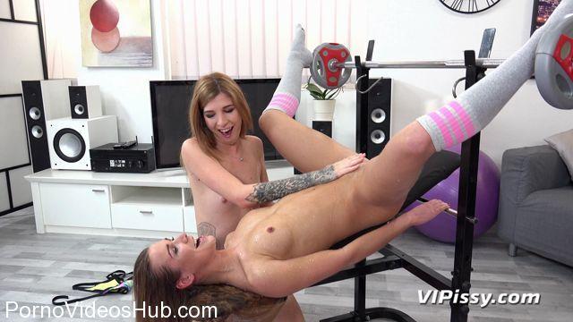 Watch Online Porn – VIPissy presents Alexis Crystal & Barbara Sweet in Can U Help Me – 05.02.2018 (MP4, FullHD, 1920×1080)