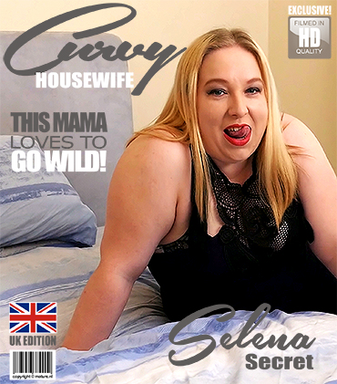 1_Mature.nl_presents_Selena_Secret__EU___33__in_British_curvy_housewife_Selena_Secret_playing_with_herself_-_15.03.2018.jpg