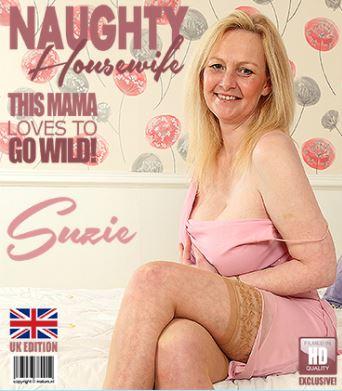 1_Mature.nl_presents_Suzie__EU___45__in_British_housewife_Suzie_fooling_around_with_her_great_boobs_-_22.03.2018.JPG