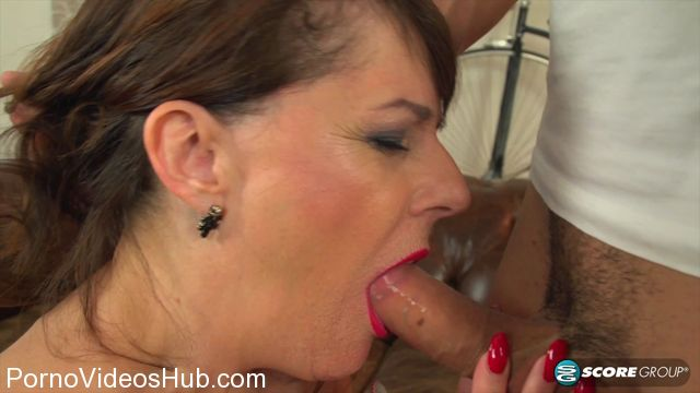 50PlusMilfs_presents_Granny_Pandora_sucks_and_fucks_young_cock_-_29.03.2018.mp4.00004.jpg