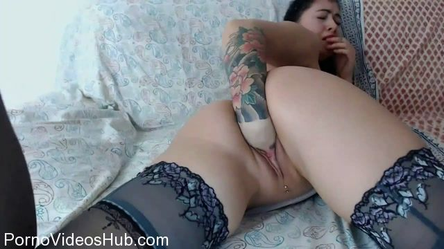 Aline_Lee_in_Pussy_and_anal_fisting.mp4.00000.jpg