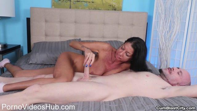 Watch Online Porn – CumBlastCity presents Nadia Night Explosive Cumshot (MP4, FullHD, 1920×1080)