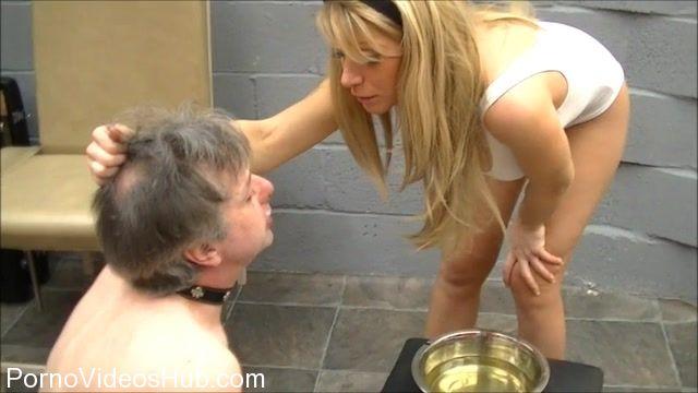 ELISE_BULLIES_BALLS_UK_presents_Mistress_Elise_In_My_Champayne.mp4.00010.jpg