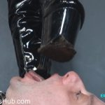 ELISE BULLIES BALLS UK presents UK Mistress Elise In Making My New Boots Dirty For You