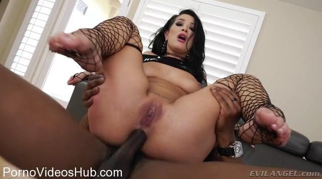 EvilAngel_presents_Katrina_Jade_in_Black_Cock_Anal_Snowbunnies.mp4.00010.jpg