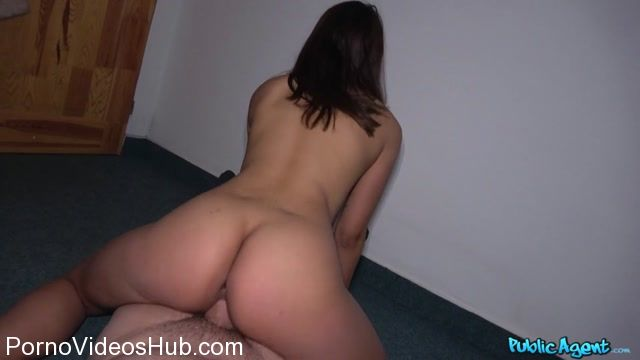 FakeHub_-_PublicAgent_presents_Esperanza_Del_Horno_in_Hot_tourist_stairwell_suck_and_fuck_-_06.03.2018.mp4.00008.jpg