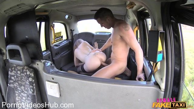 FemaleFakeTaxi_presents_Carmel_Anderson_in_Horny_taxi_driver_rides_big_cock_-_23.03.2018.mp4.00008.jpg