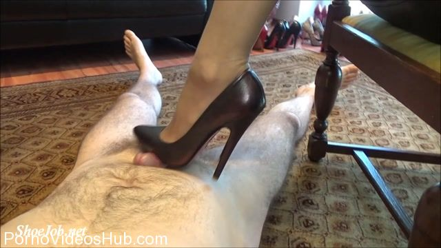Watch Online Porn – Fetish Lady Imperatriza presents Dominant Cock Games With My 6 Inch Italian Mori Luxury Court Shoes (MP4, FullHD, 1920×1080)