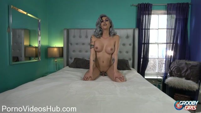 Groobygirls_presents_Cumshot_Monday__Domino_Presley_Returns__-_12.03.2018.mp4.00004.jpg
