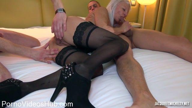 Watch Online Porn – Jacquieetmicheltv presents Maude explose tous les records – 30.03.2018 (MP4, HD, 1280×720)