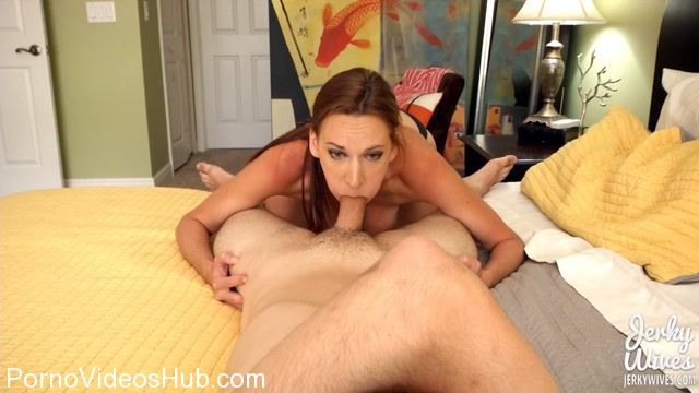 JerkyWives_presents_Alora_Jaymes_in_Mom_Lends_a_Hand_to_Help_her_Son_-_Dirty_Laundary.mp4.00005.jpg