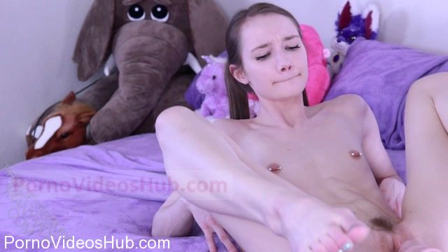 ManyVids_presents_PrincessBambie_in_Sweet_Lil_Girlfriend_Cuckolds_You_in_Bed.mp4.00005.jpg