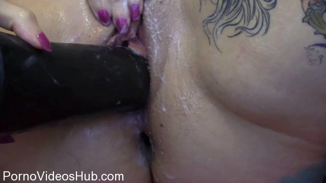 ManyVids_presents_Sasha_Lynne_in_Bondage_Siz_Queen_Xlarge_horse_-_Fisting_Cocks.mp4.00009.jpg