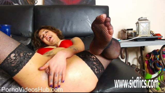 ManyVids_presents_extremistkinkster_in_fucking_my_loose_prolapsed_pumped_cunt.mp4.00011.jpg
