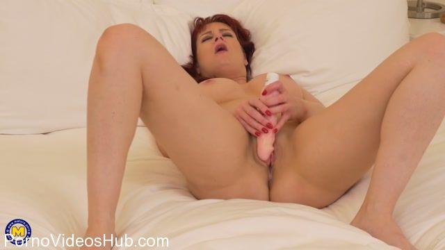 Watch Online Porn – Mature.nl presents Tanya Cox (EU) (37) in British mom Tanya Cox goes wild – 26.03.2018 (MP4, FullHD, 1920×1080)