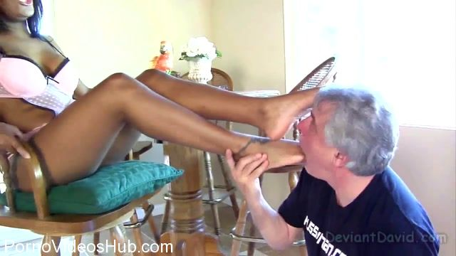 MeanWorld_-_MeanWorld_Classic_presents_Candice_Nicole_2009.mp4.00001.jpg