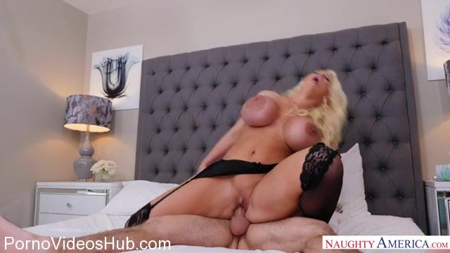 NaughtyAmerica_-_MyFriendsHotMom_presents_Alura_Jenson_23941_-_23.03.2018.mp4.00008.jpg