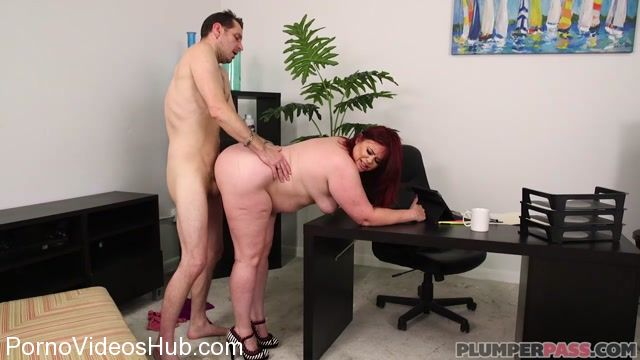 Plumperpass_presents_Marcy_Diamond_in_Office_Slut_Marcy_-_28.03.2018.mp4.00010.jpg