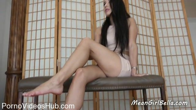 Princess_Bella_in_Cuckolded_by_my_feet.mp4.00013.jpg