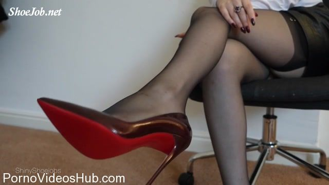 Shiny_Shoejobs_presents_Bitch_Boss_Blackmail_Joi.mp4.00011.jpg