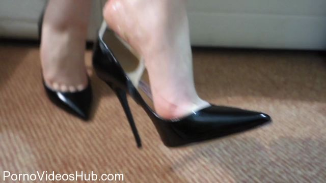 Watch Free Porno Online – Shiny Shoejobs presents Jimmy Choo Anouk Dangling Shoejob (MP4, HD, 1280×720)