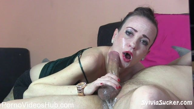 SylviaSucker_presents_Sylvia_Chrystall_in_Salivating_Enchantment._Pervly_Edging_Deep_Throat_Mirror_Mat.mp4.00014.jpg