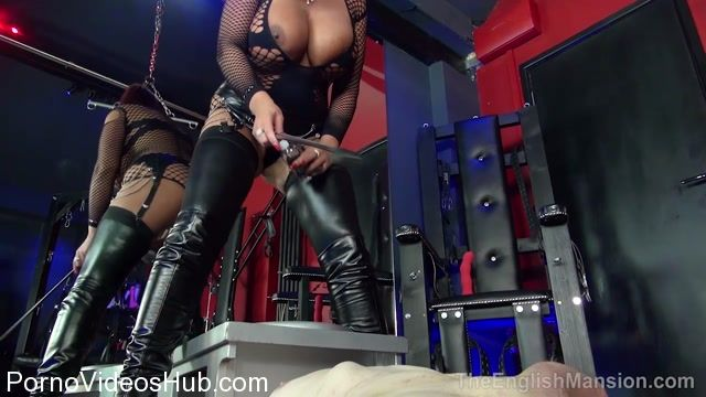 THEENGLISHMANSION_presents_Mistress_Pandora_In_Queening_Session.mp4.00011.jpg