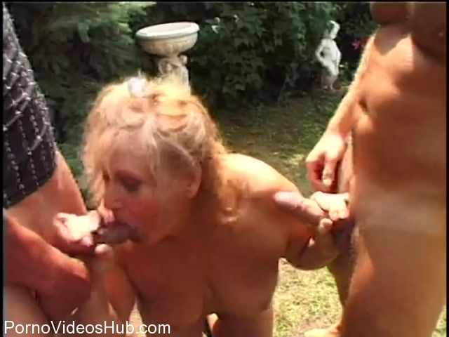 TuttiFrutti_presents_Fat_old_Euro_granny_Elvira_fucked_by_two_cock_-_28.02.2018.mp4.00013.jpg
