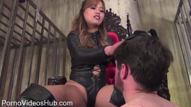ASIAN_CRUELTY_presents_Astro_Domina_in_Leather_Goddess_Smack_Down.mp4.00004.jpg