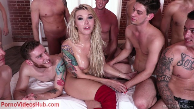 Watch Online Porn – Aubrey Kate Plus 8 presents BTS (MP4, FullHD, 1920×1080)