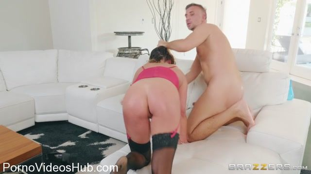 Watch Online Porn – Brazzers – RealWifeStories presents Mia Lelani in The Wife-I Password – 03.04.2018 (MP4, HD, 1280×720)