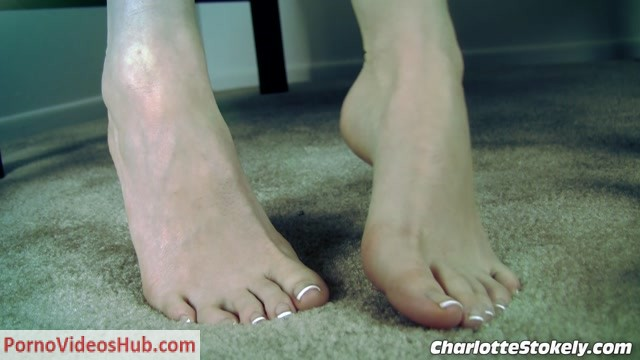 Charlotte_Stokely_in_Pussy_Free_Foot_Wimp.mp4.00014.jpg