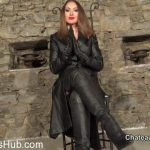 Chateau-Cuir presents Goddess Yasmin in full leather part 1
