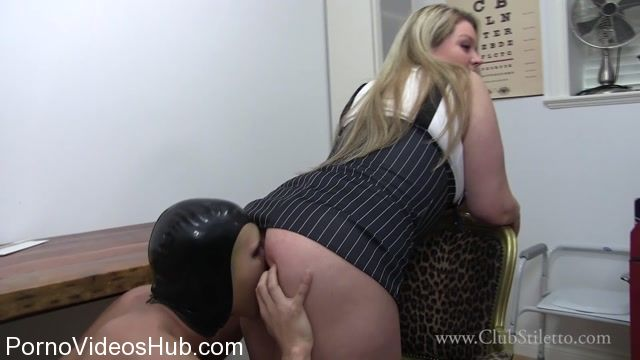 Watch Online Porn – ClubStiletto presents Princess Skylar in Office Slave So Desperate To Lick My Asshole (MP4, FullHD, 1920×1080)