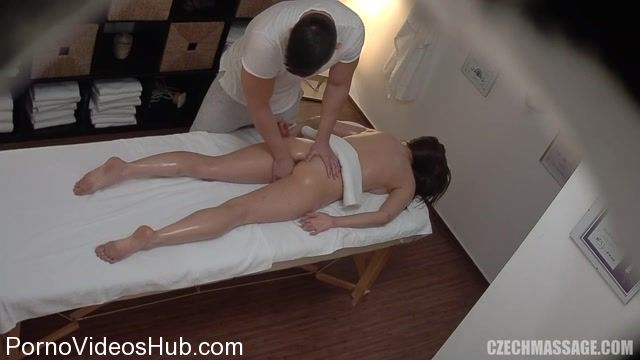 CzechAV_-_CzechMassage_presents_Czech_Massage_391.mp4.00004.jpg