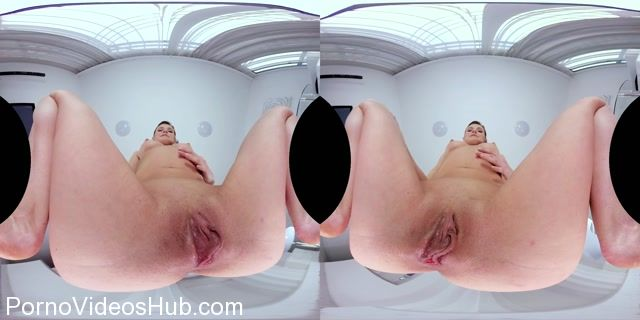 CzechVRFetish_presents_Arian_Joy_in_Czech_VR_Fetish_120_-_Gorgeous_Pussy_in_Your_Mouth_-_02.04.2018.mp4.00014.jpg