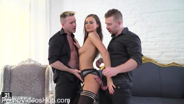 DPFanatics_presents_Tina_Kay_-_A_Higher_Level_Of_Double_Anal_Pleasure_-_06.04.2018.mp4.00002.jpg
